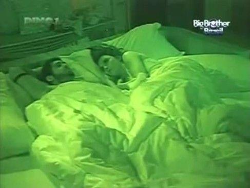 BBB12 Laisa e Yuri trepando no quarto