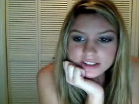 Sara gostosinha peladinha na webcam