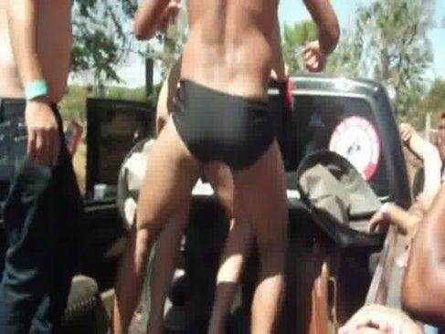 Vagabunda safada na festa em Barretos 2012