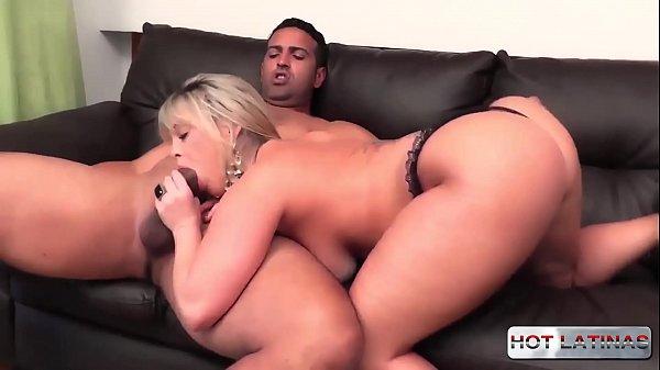 Filme porno amador com uma loira gostosa