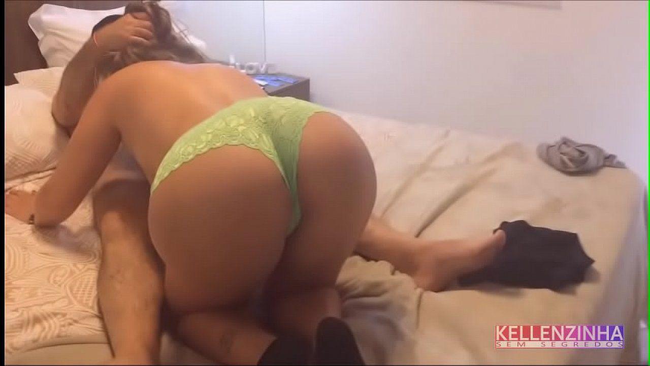 Casada gostosa fazendo sexo caseiro no porno amador